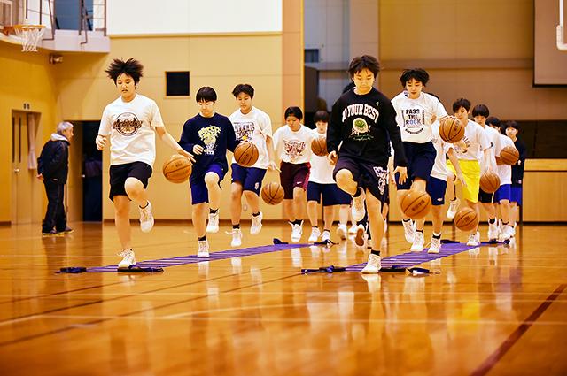 青森県高校女子バスケットボール選手名鑑