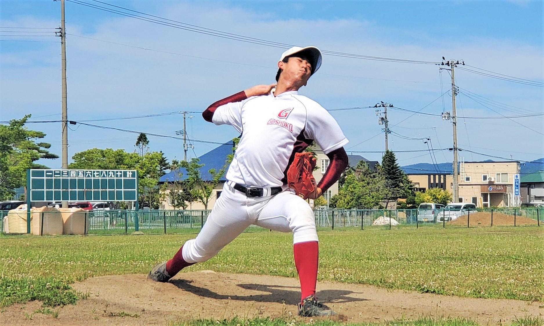 3番打者、ときには内野手もこなすエース  五所川原高校3年/投手 神 宏太(じん こうた)